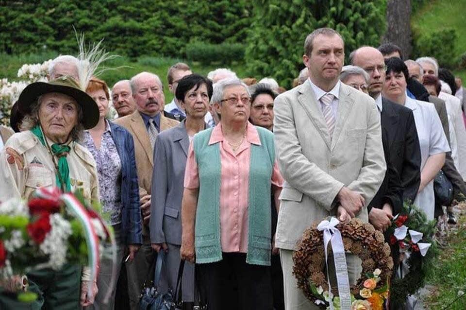 Szentmise Olmützben és Koszorúzás Mirovban 2019.6.14-én